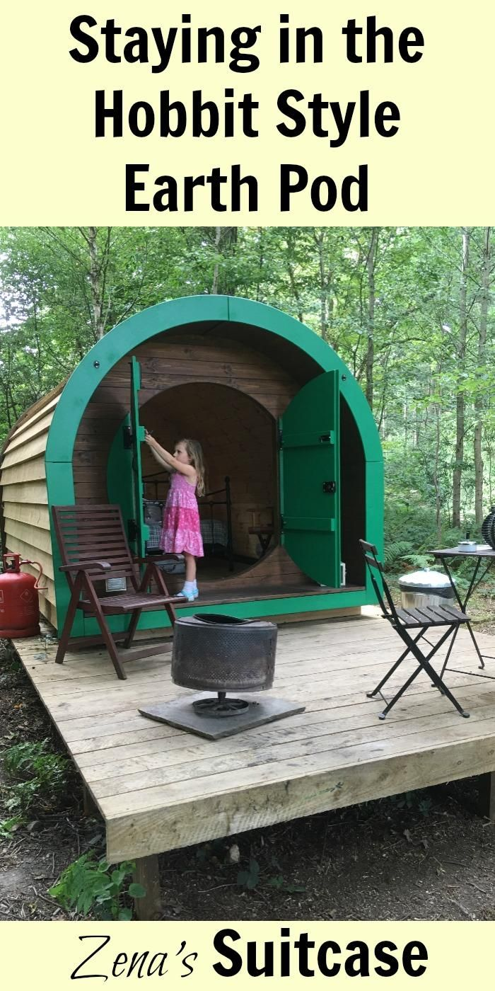 Staying in the Hobbit Style Earth Pod | Hobbit Hide Camp Katur Review | Hobbit House glamping review #glamping #camping #hobbithouse
