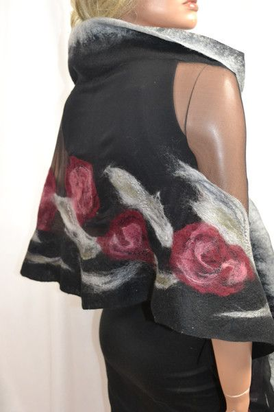 Pi di 25 fantastiche idee su sciarpa in feltro su for Vestiti usati in regalo