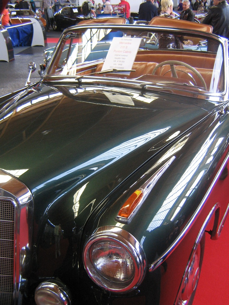 Mercedes-Benz 220 S Ponton Convertible / 1960  - pic is our own - seen at Classic World Lake Constance 2012