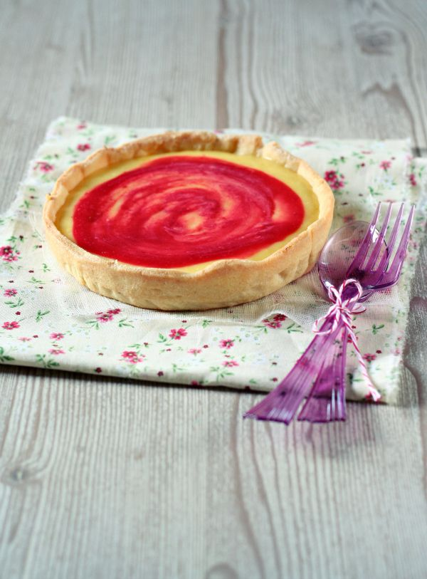 Lemon and Raspberry Tartlet