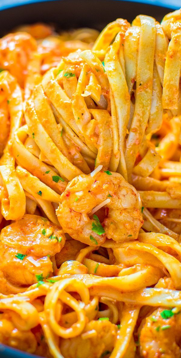 Rich and creamy, hearty and so flavorful, this Shrimp Pasta with Roasted Pepper …   – Easy Delicious Pins