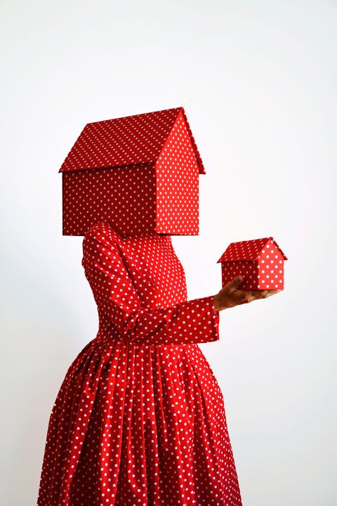 Guda Koster, Red with white dots, 2013