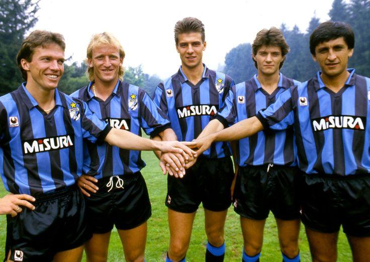 Lothar Matthaus, Andreas Brehme, Nicola Berti, Alessandro Bianchi et Ramon Diaz (Inter Milan)