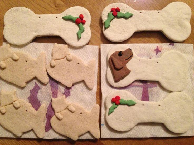 Diy christmas dog gifts make your own ornaments for pets for Make your own christmas gift baskets