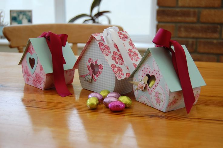 template birdhouse  * oeufs de paques*