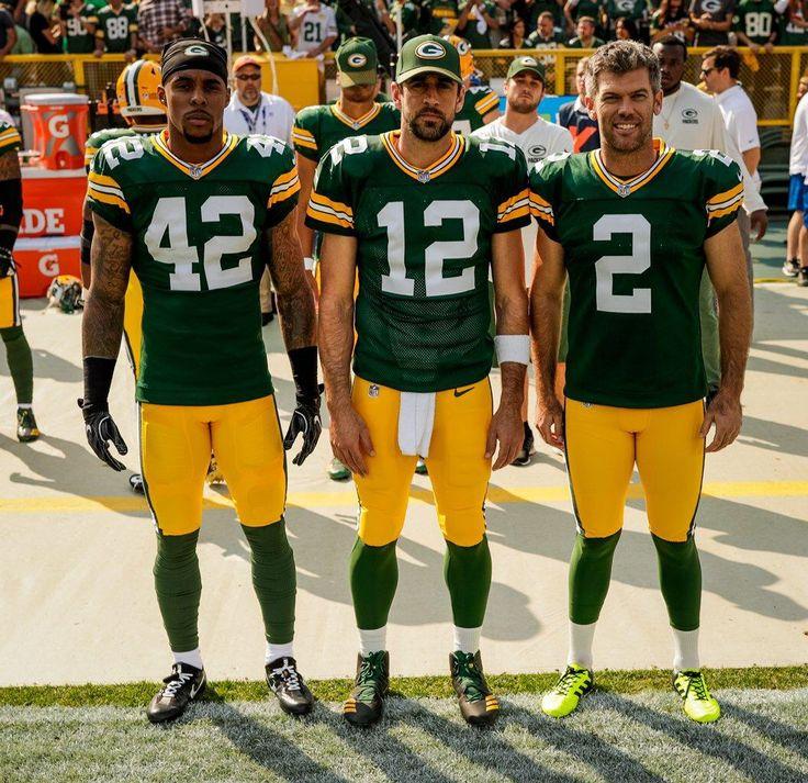 Green Bay Packers Mobile: Week 1 vs. Seahawks (Burnett, Rodgers, Crosby) | http://yi.nzc.am/bgZsgL