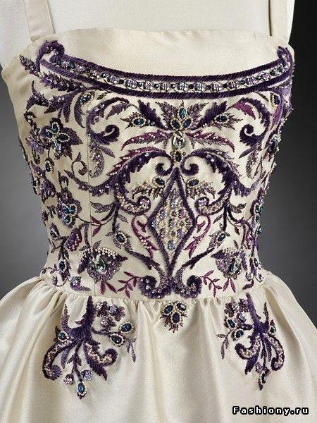 Франсуа Лесаж - вышивка для королей / платье с вышивкой