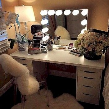Learn Beauty Room Design, Décor & Makeup Collection