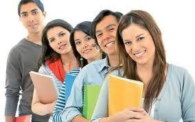 Το δυνατό μας σημείο είναι οι σχέσεις που κτίζουμε με τους σπουδαστές μας  Σχέσεις που πηγάζουν από το επίπεδο εκπαίδευσης, από την αξιοπιστία αλλά και από το υψηλό αίσθημα ευθύνης των καθηγητών και όλων των στελεχών της σχολής.  Μπορούμε να υπερηφανευόμαστε ότι οι καλύτεροι διαφημιστές μας είναι οι σπουδαστές μας, οποίοι όλα αυτά τα χρόνια μας τιμούν μας σέβονται, μας εμπιστεύονται και μας συστήνουν παντού!  Δείτε τα σχόλια τους http://www.futurebs.gr/spoudastes-miloun.html