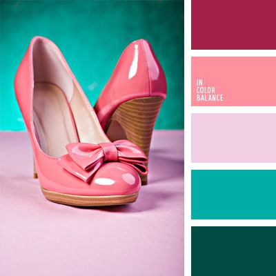 Diese kontrastreiche Farbkombination aus Rosa und Smaragdgrün passt für diejenigen, die auf sich dieAufmerksamkeit gern ziehen und markante Farben lieben..