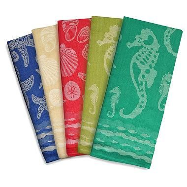 Starfish, seahorses, and seashells adorn these sea-themed kitchen towels. These 100% cotton colorful towels are perfect for drying, cleaning, baking, and all your other kitchen chores.