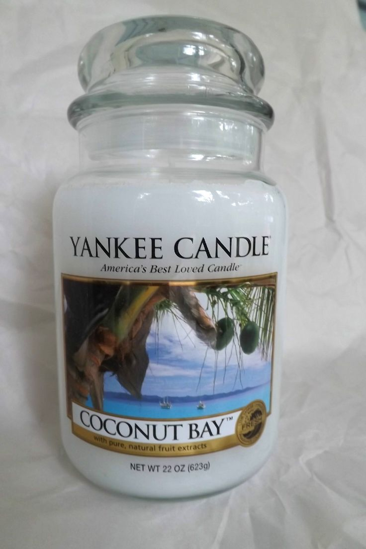 Yankee Candle Coconut Bay.