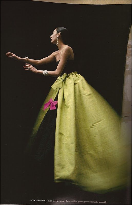 Yves Saint Laurent 1986: Ysl Photographers, Dressesa Joy, Fashion Photographers, Yves Saint Laurent, Wear Dressesa, Colour Photography, Photographers David, David Seidner, Haute Couture