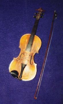 Métis fiddle  It was the French and Scots who first introduced fiddles to the Métis.