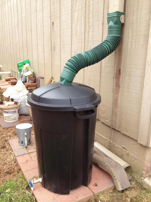 Diy rain barrel rain barrels barrels and diy and crafts for Diy small rain barrel