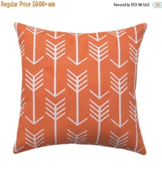 20% SALE Arrow Pillow Cover, Orange Throw Pillow, Arrow Apache Orange Pillow Cover, Arrow Throw Pillow, Arrows Accent Pillow, Orange Zippere
