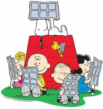 Snoopy Reads About Dog Training