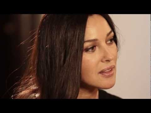 Monica Bellucci interview - YouTube