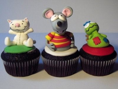 awesome Toopy and Binoo toppers...omg so adorable!!! My little guy would love this