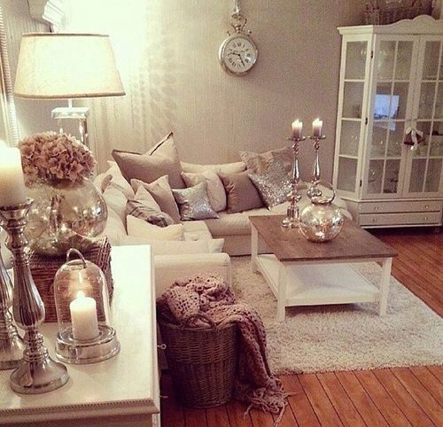 Clear glass and silver accessories AND cream rug
