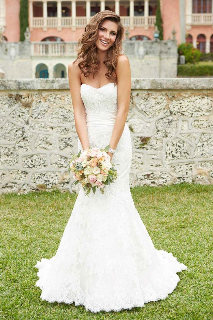 strapless lace natural waist trumpet court train wedding dress