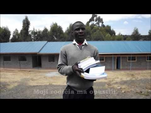 Benard Rotich dostal knižky na štúdium  Benard pochádza z chudobnej keňskej rodiny. Podobne ako mnohé iné keňské deti si nemohol dovoliť plnohodnotné štúdium. Vďaka Vašim darom cez ČloveČiny - charitatívny e-shop o.z. Človek v ohrození, môže Benard dnes kráčať za svojim veľkým snom - univerzitným štúdiom.