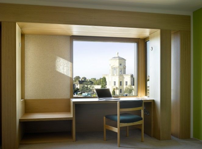 Níall McLaughlin Architects - Student Housing, Somerville College Detail of student window desk