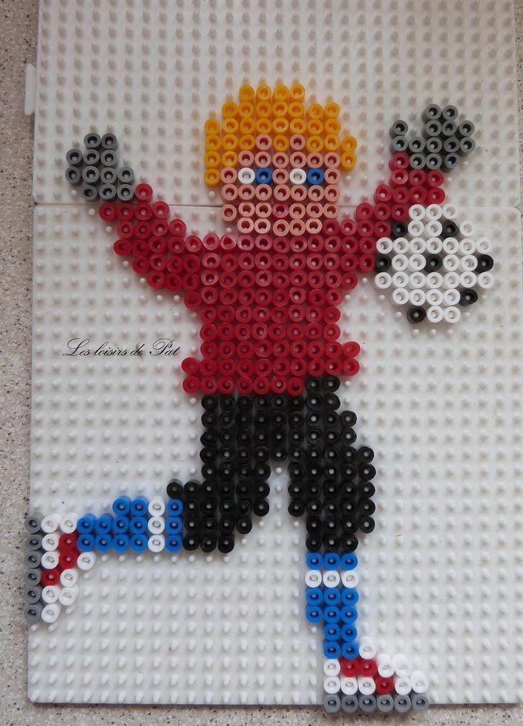 Football player hama beads by Les loisirs de Pat