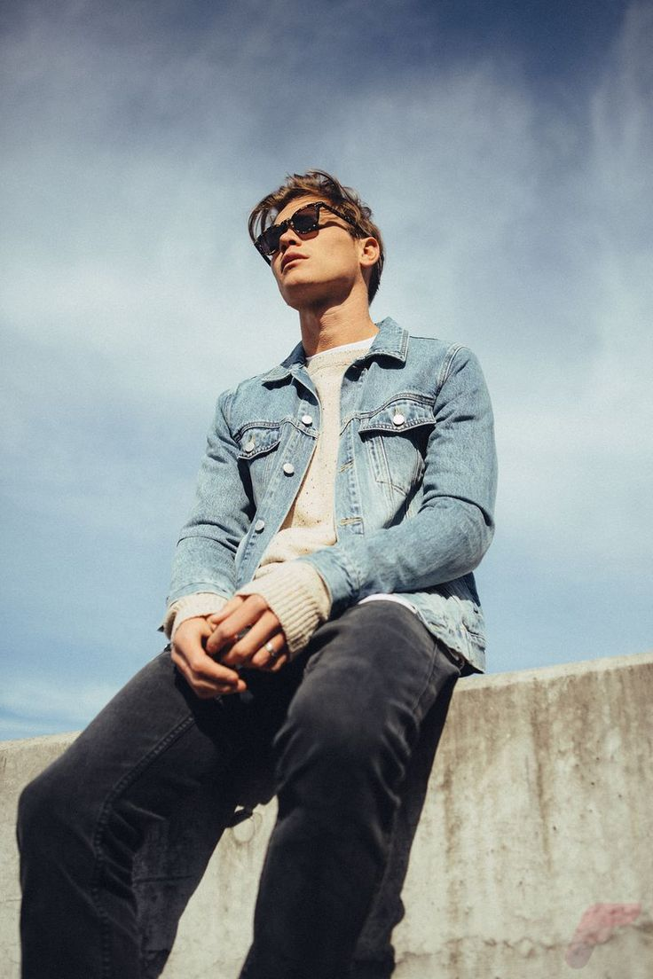 Best Casual Spring Jackets for Men that You Must Have https://fasbest.com/men-fashion/best-casual-spring-jackets-men-must/