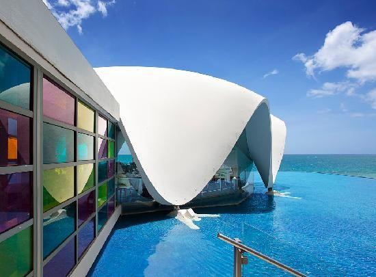 La Concha Resort: A Renaissance Hotel: la perla restaurant - Ahi Tuna Ceviche, Baby Striped Bass