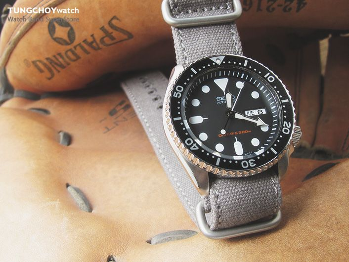 17 best images about seiko skx007 military miltat 22mm washed canvas zulu military grey double thickness watch strap lockstitch round hole