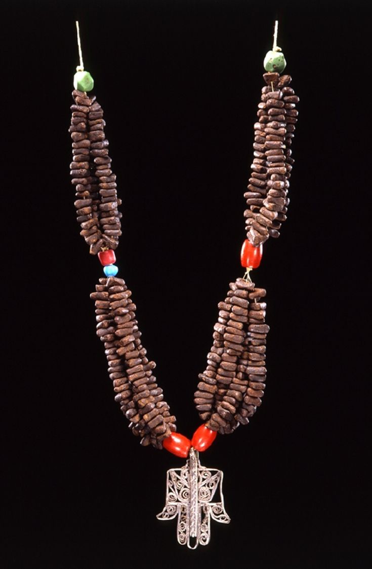 "Algeria | Necklace ~ ""tazlagt n-sháb"" ~ from the Ouled Nail people 