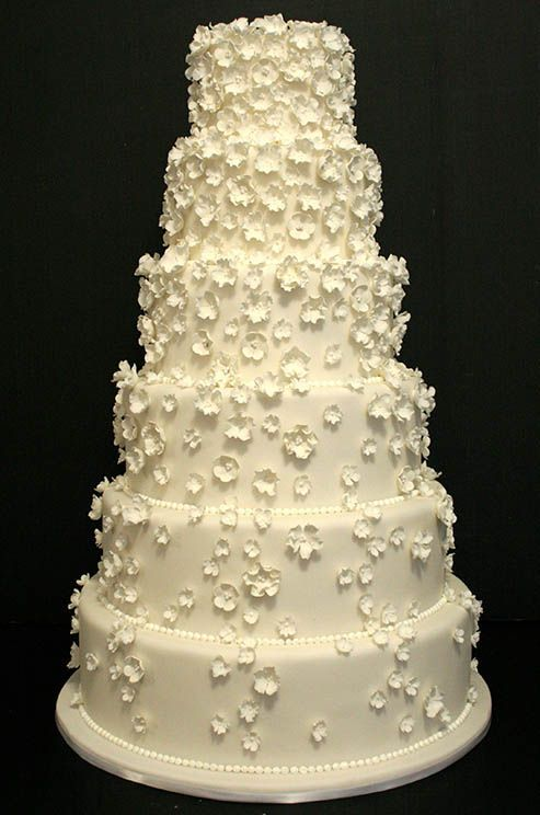 77 best Cakes images on Pinterest | Petit fours, Cake toppers and ...