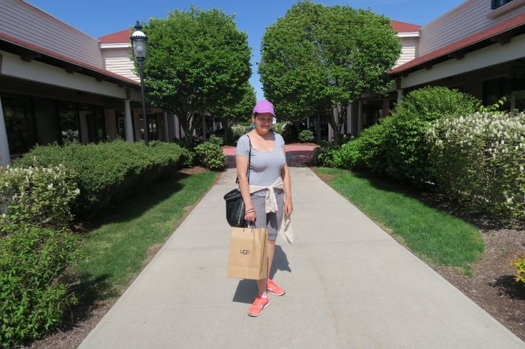 lifestyle: WRENTHAM VILLAGE OUTLETS in WRENTHAM, MA