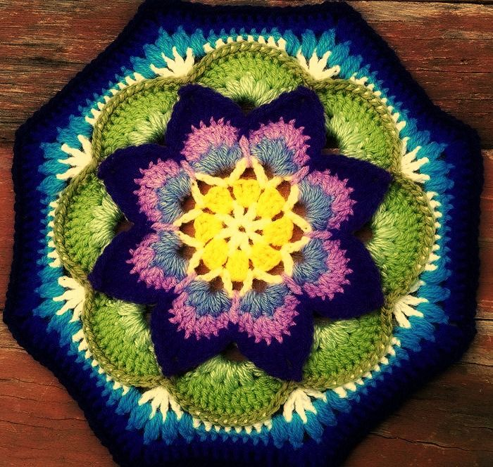 Lotus Moon Tile.  Project information and pattern link here;   http://www.ravelry.com/projects/LindaDavie/lotus-moon-tiles