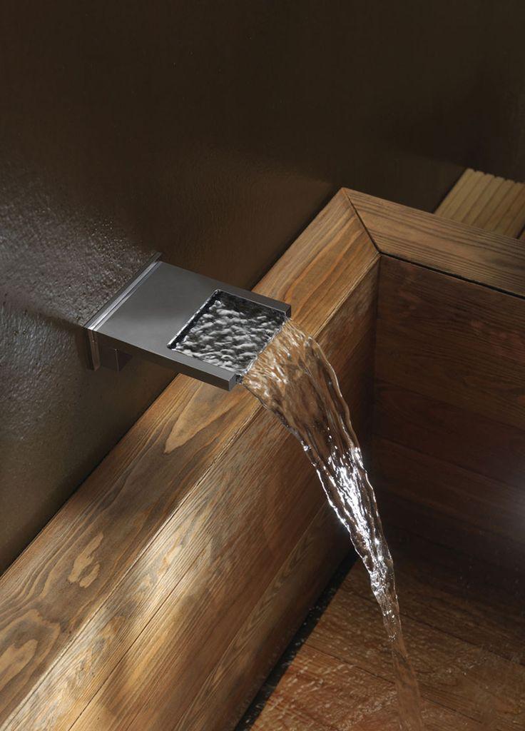Wooden bathtub Bossini FITNESS Catalogue - Waterfall shower