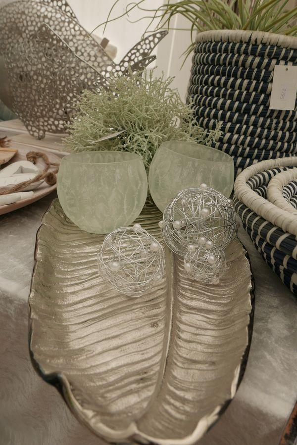 die besten 25 blattschalen ideen auf pinterest lufttrocknenden clay herbst kunst und herbst. Black Bedroom Furniture Sets. Home Design Ideas