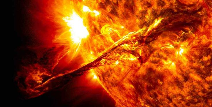 TIL that if space wasn't soundproof we would hear the Sun burning at over 100 decibels or as loud as a chainsaw from 5 meters away.