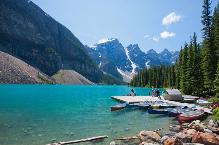 Essa magnífica viagem te levará a conhecer a beleza do oeste canadense, conhecendo as deslumbrantes Montanhas Rochosas, e os parques nacionais de Banff e Jasper, dois dos lugares mais atrativos do Canadá. Além disso, você também visitará a incrível Calgary e a belíssima Vancouver. Canada Turismo, sua melhor viagem #canadaturismo #seupontodepartida #extraordináriocanada #queroconhecer #exploreocanada #banff #jasper #calga