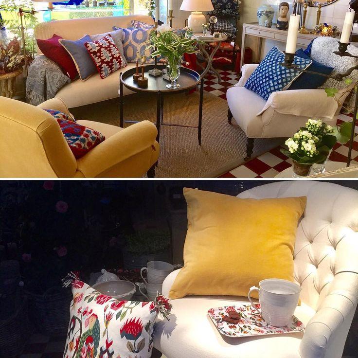 Födelsedagserbjudande!  Nästa vecka är det två år sedan Blue Window öppnade.   Vi firar detta fr.o.m. I morgon lördag, med 20% på de   tapetserade möblerna från  Belgiska familjeföretaget   Du long et du le'   #inredningsbutik #stockholmsvägen60 #lidingö #soffa #fåtöljer #amazing #beautiful #classicinterior #cozyhome #design #elegant #franskmodell #furniture #homestyling #härligahem #handmade #interior4all #