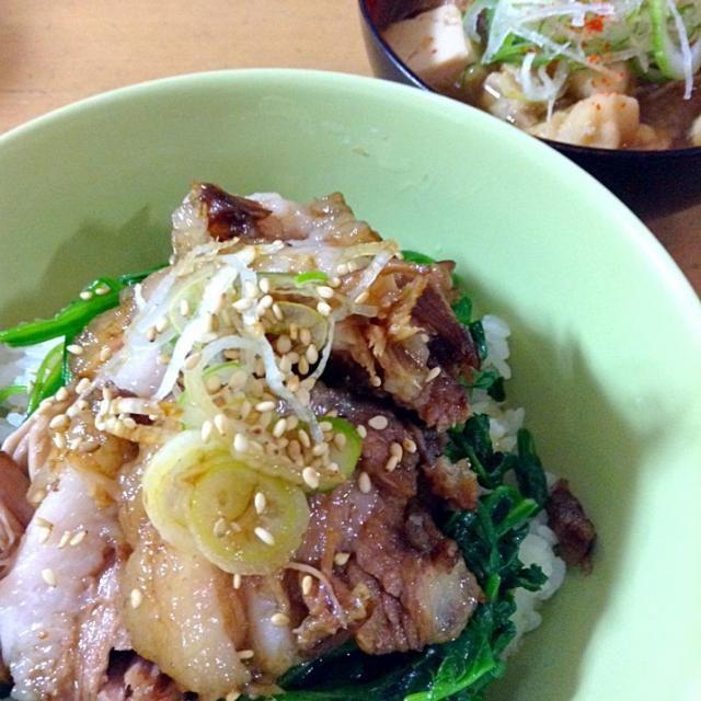 本日の夕食。 - 25件のもぐもぐ - ラフテー丼とけんちん汁 by kmiyuki