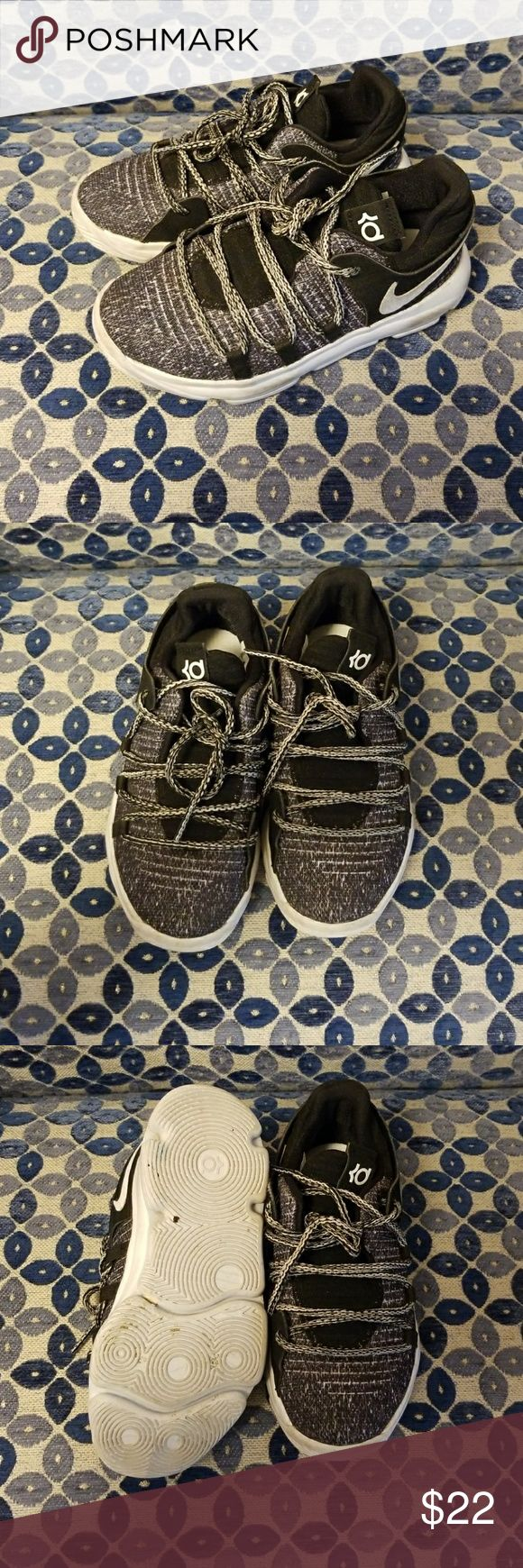 Boys Nikes Boys Kevin Durant Nikes. Pre- loved. Good condition!!! Nike Shoes Sneakers