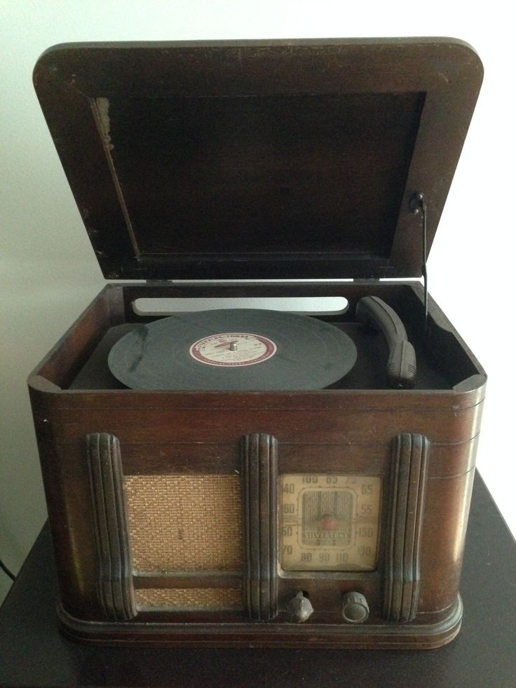 Best 25 Antique Record Player Ideas On Pinterest