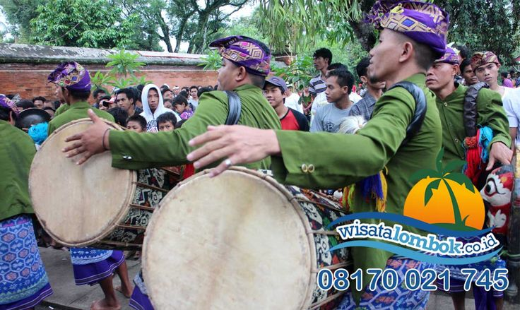 Wisata Suku Sasak Lombok 1 Hari bersama wisatalombok.co.id http://goo.gl/w1lnZ1 #sukusasak #sasaklombok #sukusasaklombok #wisatasukusasak #wisatasukusasaklombok #lombok