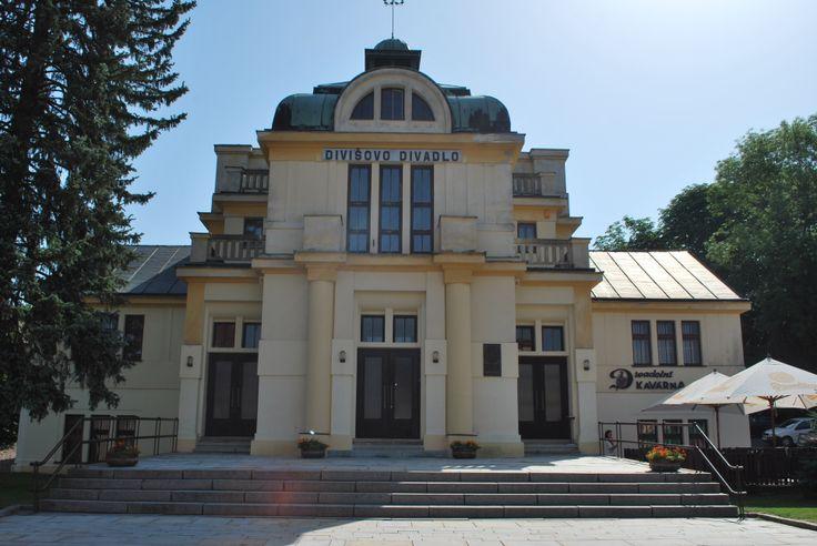 Divišovo divadlo Žamberk ulice Nádražní 39, Žamberk autor: Josef Skřivánek  realizace: 1926