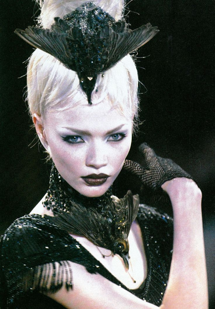 Jodie Kidd Givenchy By Alexander Mcqueen F W 1997 Jodie Kidd Alexander Mcqueen Mcqueen