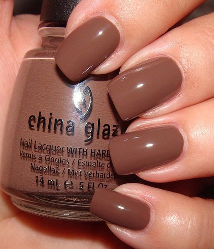 Sophisticated Neutral - I need to do this color this fall. Street Chic