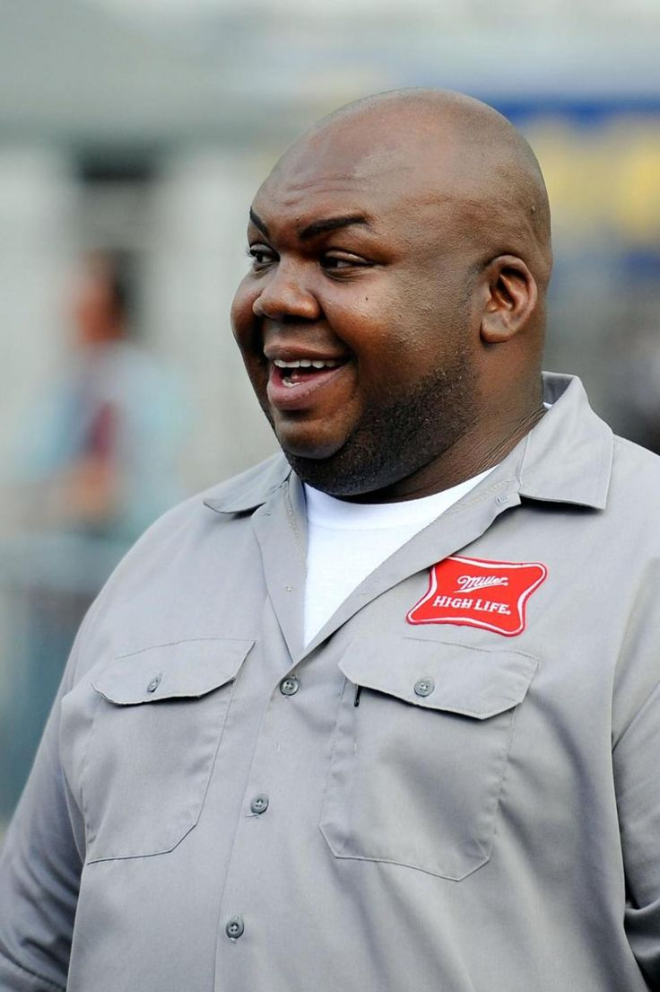 TV actor and pitchman Windell D. Middlebrooks dead at 36 Windell Middlebrooks #WindellMiddlebrooks