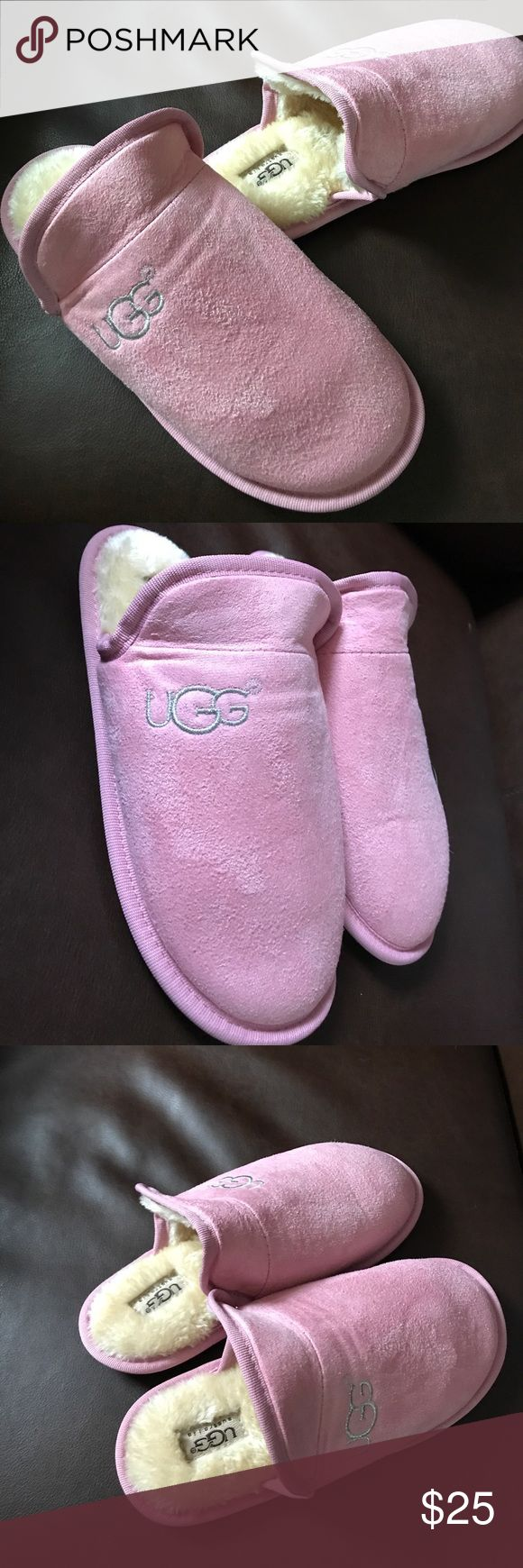 1HR SALE😱 NWOT! Ugg slippers size: 8 Brand New! Ugg slippers size:8 (38/39). They have absolutely no stains, marks, and are pet/smoke free. Were given as a gift and did not fit correctly. The fit on inside and outside are in excerpt condition. The bottoms have no marks:) Any questions ask below UGG Shoes Slippers