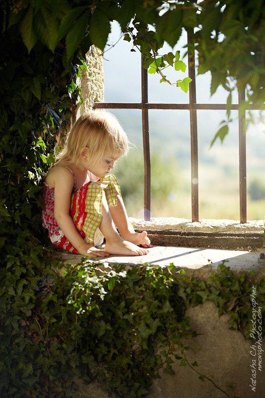 perchedLittle Girls, Secret Gardens, Quiet Time, Children, Quiet Places, Kids, Inner Child, Photography, Pictures Book